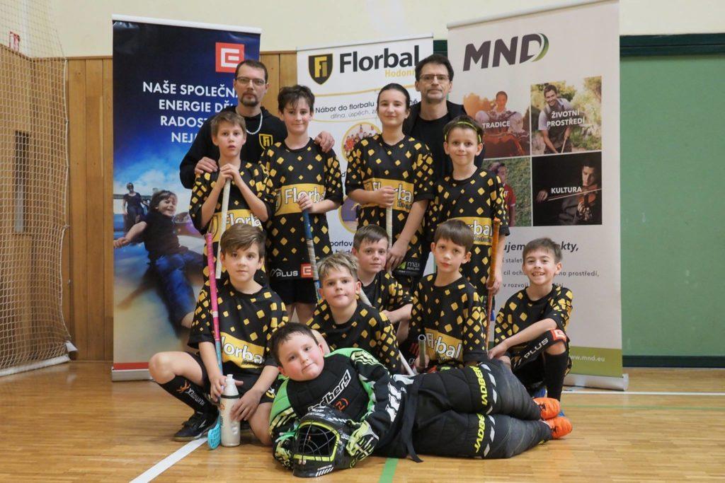 Florbal Hodonín - bronzový tým z Vánočního florbalového turnaje dětí - elévové - foto Fana Král, fotograf Florbal Hodonín